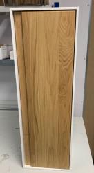 OUTLET Solidsurface kolomkast met eiken deur rechtsdraaiend 30x90x25cm 1208953122
