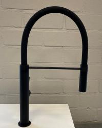 Lorreine Ribble mat zwarte keukenkraan met flexibele uitloop 1208953622